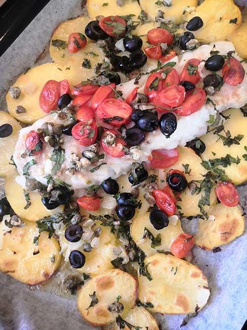 Merluzzo fresco al forno con patate